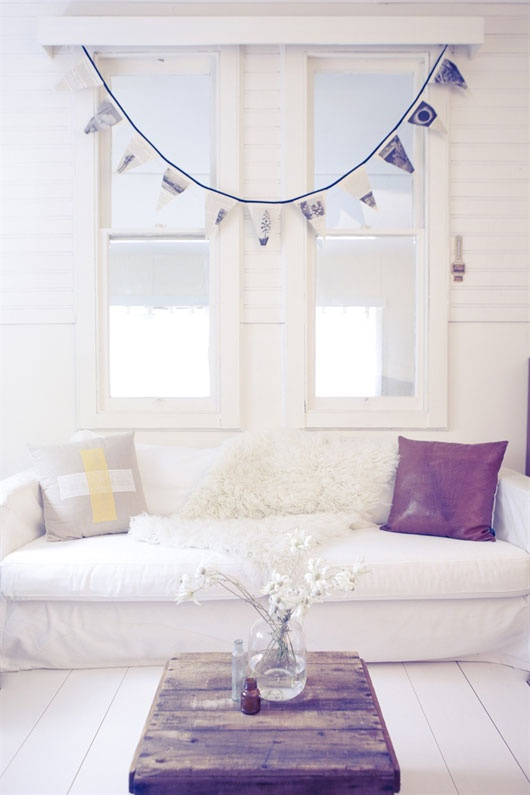 Living Room Home Design - 35