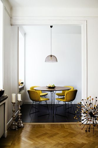 Corner Dining Room Design Inspiration