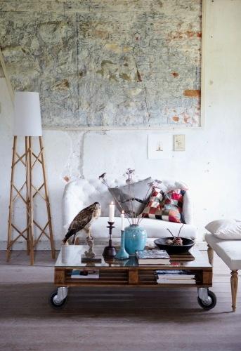 Artsy Chic Living Room Design