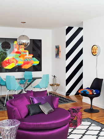 Bold Living Room Design Style