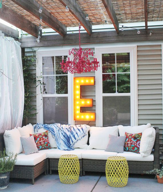 Outdoor Patio Design With a Pop of Color