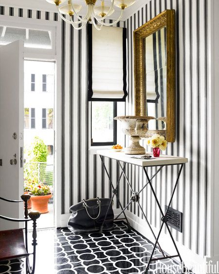 Draper Style Entryway With Bold Stripes