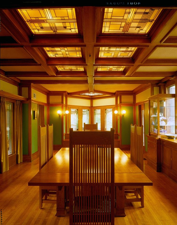 Frank Lloyd Wright's Willits Home Dining Room