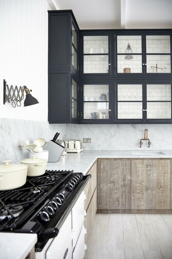 Marble White and Wood Kitchen