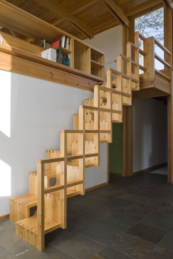 Dovetail Detailed Pine Stair