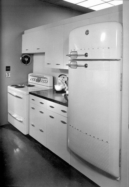 Mid-century Mod Kitchen